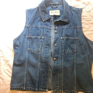 Women's denim vest size XL